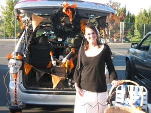 gold bug mine trunk or treat 2009 044